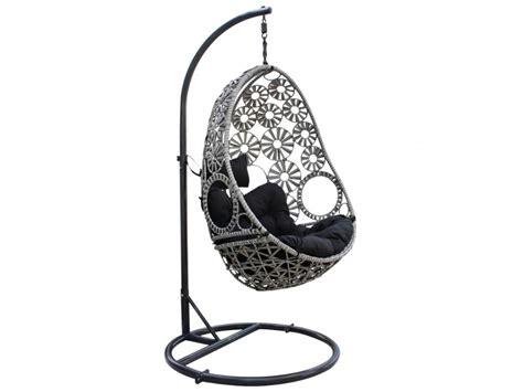 petit fauteuil pour chambre fauteuil suspendu tobati en résine tressée gris foncé