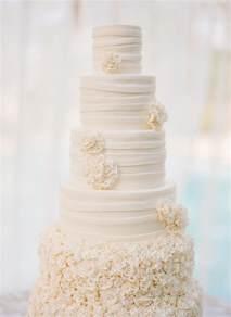 all white wedding cakes the magazine - White Wedding Cakes