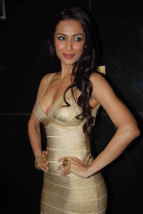 Explore more on malaika arora. Malaika Arora khan new wallpaers at Launch Sunsilk's Gold ...
