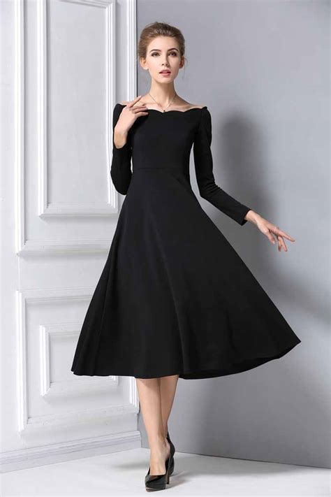 dress panjang warna hitam elegant jual model terbaru