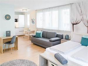 Wie Wirken Kleine Räume Größer : einzimmerwohnung einrichten 5 ideen und inspirierende bilder ~ Bigdaddyawards.com Haus und Dekorationen