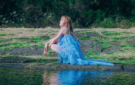 Wendy - 'Like Water' review: navigating the ebbs and flows ...