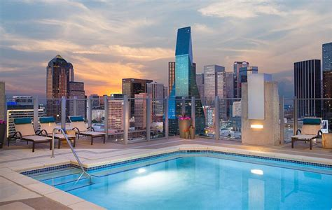 discover  community amenities apartments  downtown