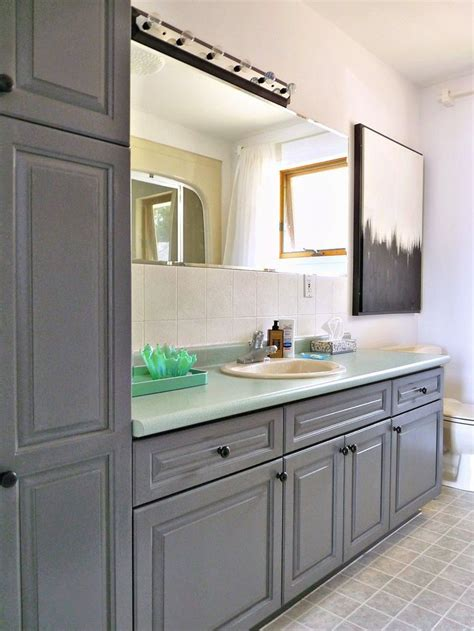 kitchen cabinet transformation 1000 ideas about cabinet transformations on 2814