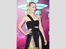 Iggy Azalea wardrobe malfunction at MTV Europe Music Awards
