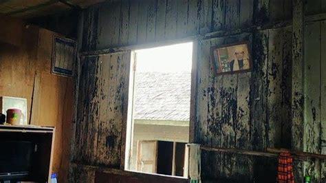 kayu ulin  marsihung pengokoh rumah adat banjar
