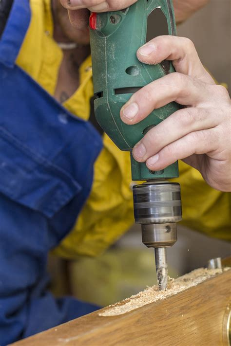 cordless drills  guide  buying  power drill