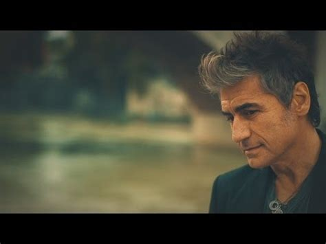 tu testo ligabue sbarca in usa con un best of musickr e