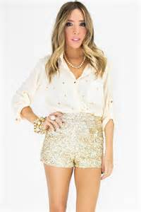 clothes for new years party high waisted gold sequin shorts gold sequin shorts