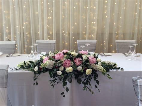 wedding bridal table arrangement flower wholesalers