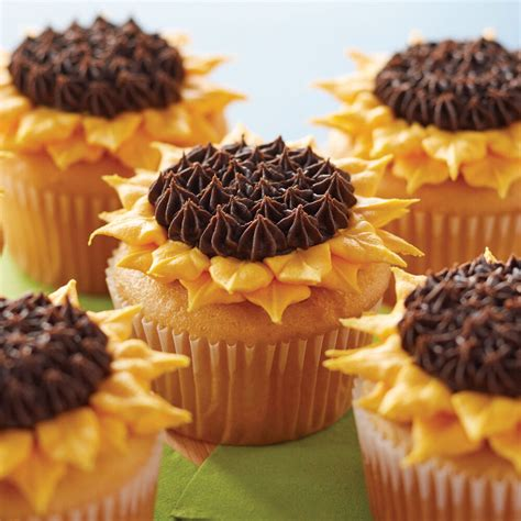 sunflower cupcakes wilton cupcake easy project