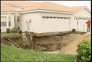 Sinkhole Tampa Florida