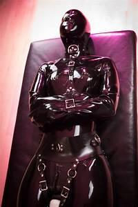 Verpackt In Latex : verpackt in latex best latex rubber dresses ~ Watch28wear.com Haus und Dekorationen
