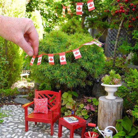 canada flag banner for miniature garden or garden