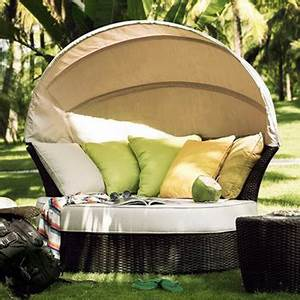 Rattan Lounge Rund : waterproof outdoor round rattan lounge daybed with canopy buy daybed outdoor daybed rattan ~ Indierocktalk.com Haus und Dekorationen
