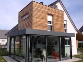 agrandissement cuisine sur terrasse extension terrasse avec étage en ossature bois veranda