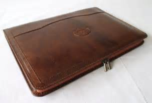 personalized leather resume portfolio leather portfolio vegetable tanned cognac by leatheram