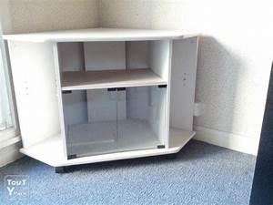 Meuble D Angle Moderne : meuble tv angle blanc choix d 39 lectrom nager ~ Teatrodelosmanantiales.com Idées de Décoration