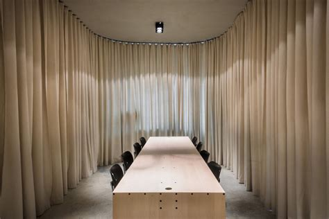 (un)curtain Office By Dekleva Gregorič Arhitekti In Ljubljana
