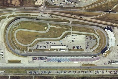 gateway motorsports park racetrack driving experience