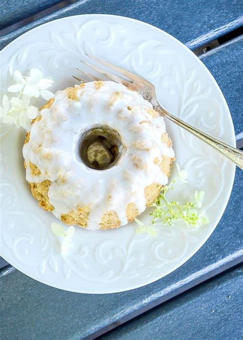 glazed streusel topped zucchini bread stonegable