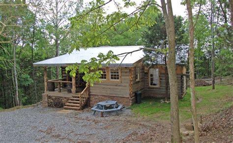 cabins in nashville tn rustic log cabin nashville t vrbo
