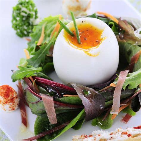 oeuf cuisine recette nid de jeunes pousses et œuf mollet cuisine