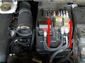 Le Sur Batterie Design by Remplacement De La Batterie Sur 3008 2 0 Hdi 16v Fap 150
