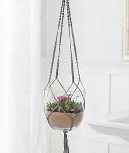 Suspension Pour Plante Interieur : tuto diy gratuit votre suspension pour plantes d 39 int rieur en macram urban gardening ~ Teatrodelosmanantiales.com Idées de Décoration