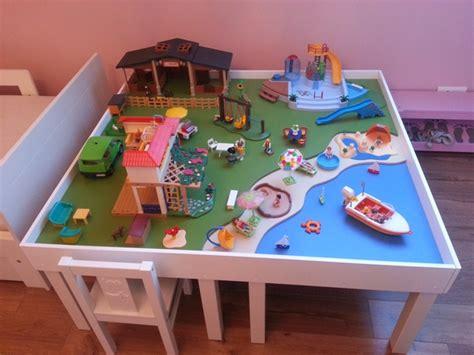 une table de jeu playmobil avec lack laquer une table