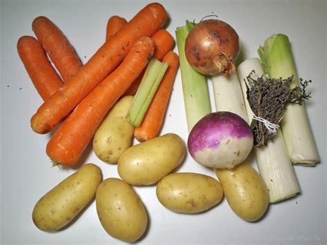 quels legumes pour pot au feu la cuisine de myrtille soupe aux l 233 gumes de pot au feu