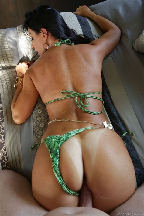 India Summer Gets Drilled In Her Sexy Green Bikini Evil Angel Pictures