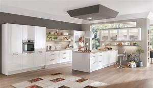Weisse Hochglanz Küche : moderne einbauk che norina 6676 alpinweiss hochglanz lack k chen quelle ~ Frokenaadalensverden.com Haus und Dekorationen