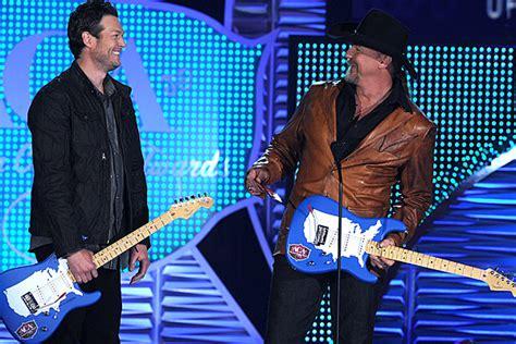 blake shelton songs 2018 blake shelton uniting country music freaks on 2018 tour
