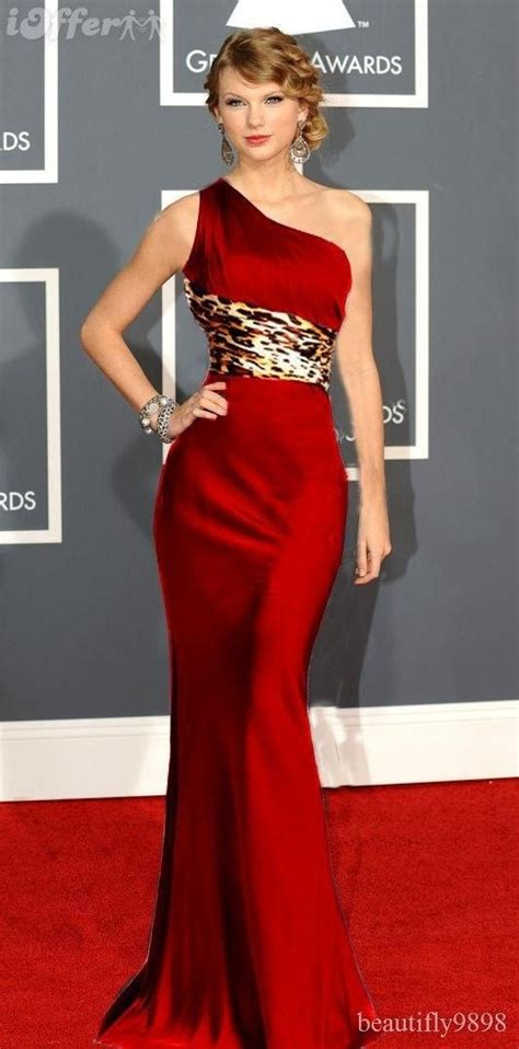 Taylor Swift In Red Dress  Elegant And Sexy Fashion