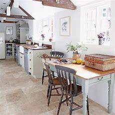 Kitchen Flooring Ideas  For A Floor That's Hardwearing