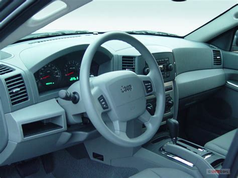 jeep cherokee dashboard 2007 jeep grand cherokee prices reviews and pictures u