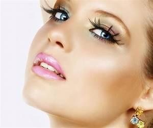 Astuce De Maquillage Pour Les Yeux Marrons : astuces de maquillage pour les yeux bleus 6 tapes ~ Melissatoandfro.com Idées de Décoration