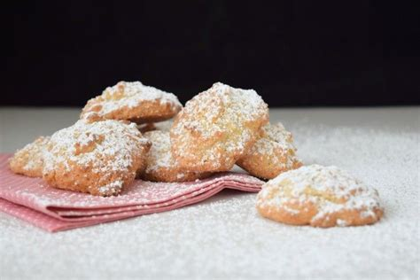 1000 ideas about amaretti biscuits on amaretti cookies biscuits and almonds