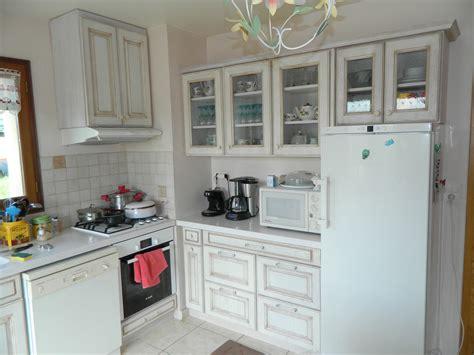 meubles de cuisine blanc agencement de cuisines en languedoc roussillon proche de