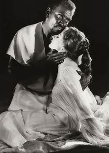 Sir Laurence Olivier as Othello and Dame Maggie Smith as ...