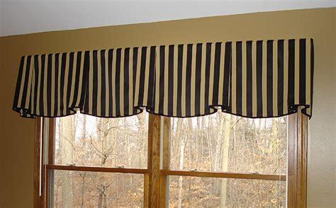 Striped Valances by Big Bold Stripes Make For A Brilliant Design Statement
