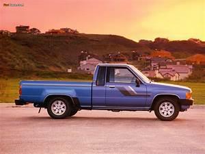Photos Of Toyota Truck Xtracab 2wd 1984 U201386  1024x768