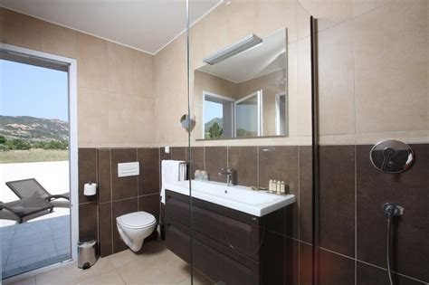 siege d accueil salle de bain villa rugliana galerie location villa