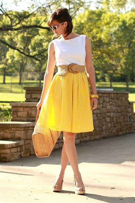 Vintage Inspired - 7 Tips on How to Wear a Full Skirt Fashionablyu2026