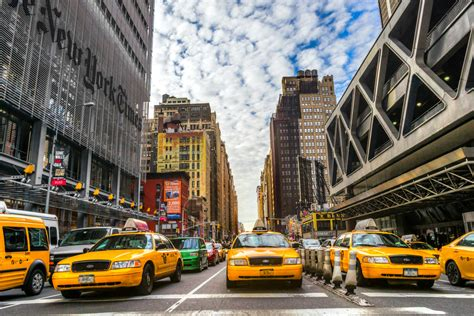 Uber Taxis Now Outnumber New York's Yellow Cabs