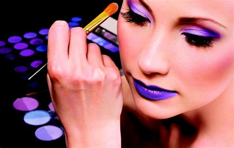 becoming a professional makeup artist the suggested ways to become a makeup artist the suggested