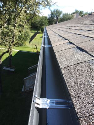 Round Rock Gutter Cleaning Guards Installation Repair