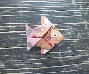 Sonnenschirm Aus Geld Basteln : fisch falten aus geldschein einfache anleitung ~ Lizthompson.info Haus und Dekorationen