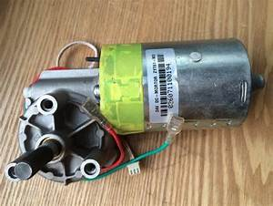 Used Dc Worm Gear Motor Zyt61 M3 24vdc  Special  Low Noise